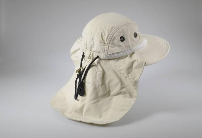 LUNT HAT solar hat with neck flap. 1 · 2 3fda81eb48eb